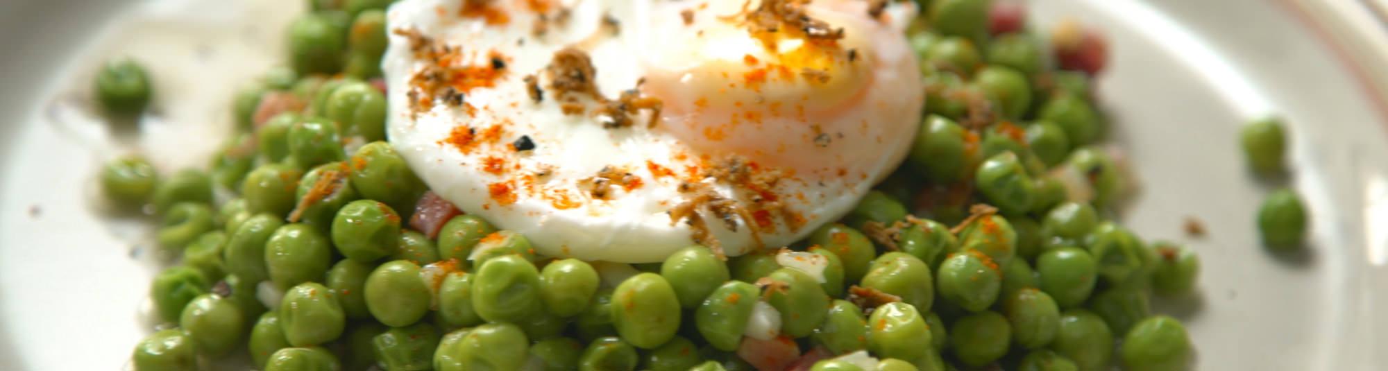 Guisantes con huevo pochado Findus 1024 x 274