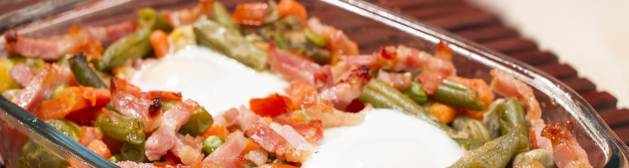 Menestra de verduras en una bandeja