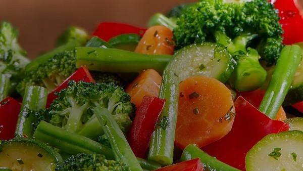 Légumes frais surgelés ou en conserve Que choisir