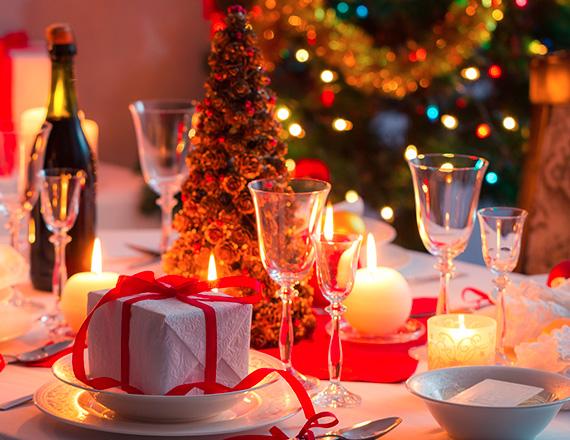 Come decorare la tavola di Natale  –  come decorare la tavola natalizia