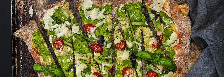 Vegetarisk pizza med ärtcreme