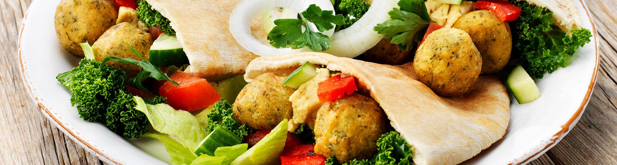 Falafel i pitabröd med kikärtshummus