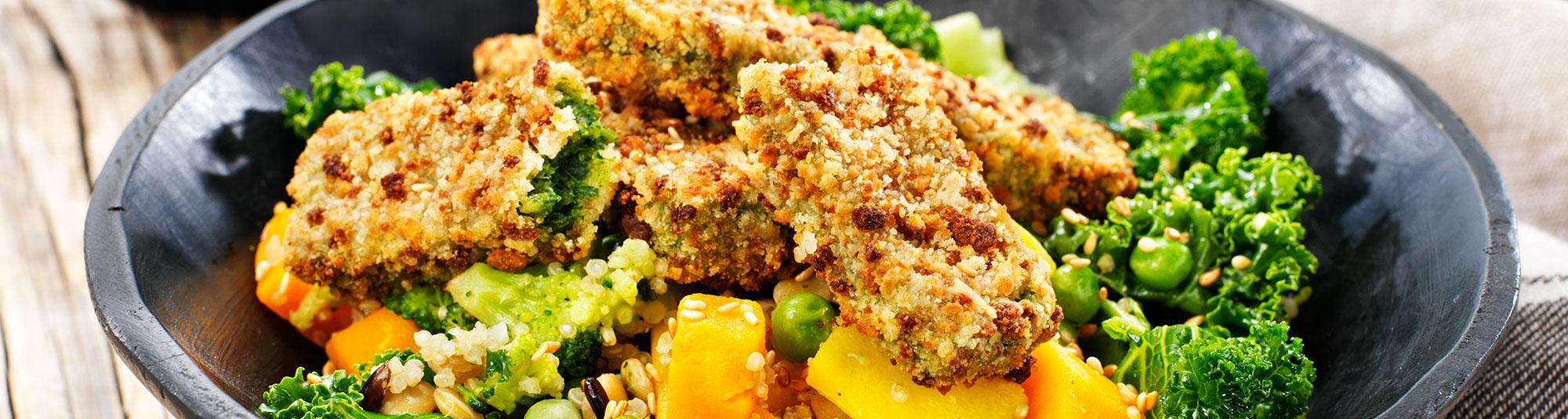 Spenatpinnar med Veggie Sides och currysås