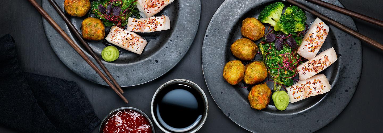 Lättrimmad torskrygg med grönsakbullar och grönsaker