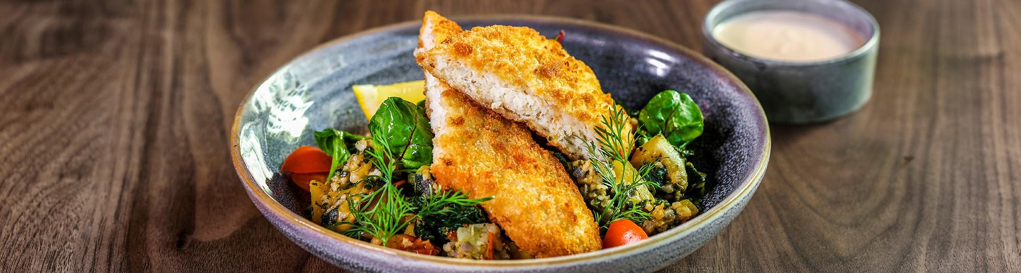 Lättpanerade fiskfiléer med Veggie Sides