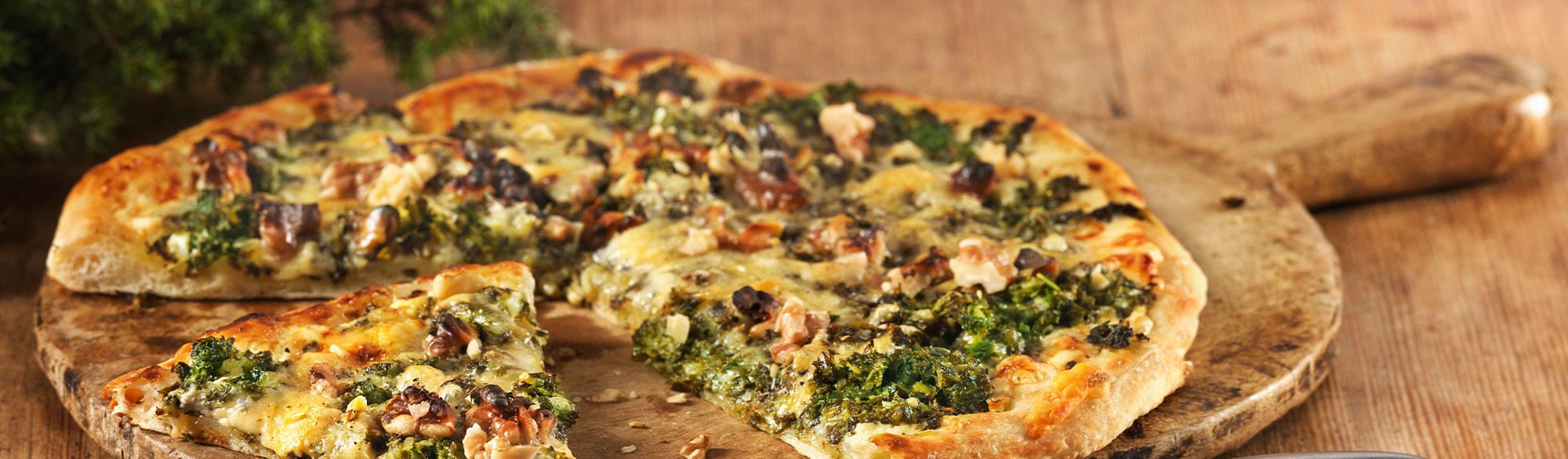 Pizza Bianco med grönkål