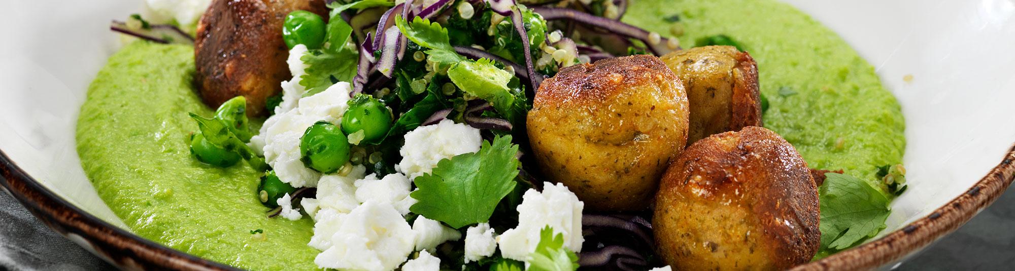 Falafel med ärthummus och feta