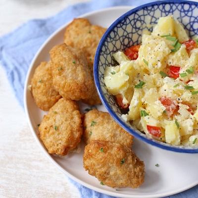 Lekker en Simpel kibbeling met aardappelsalade
