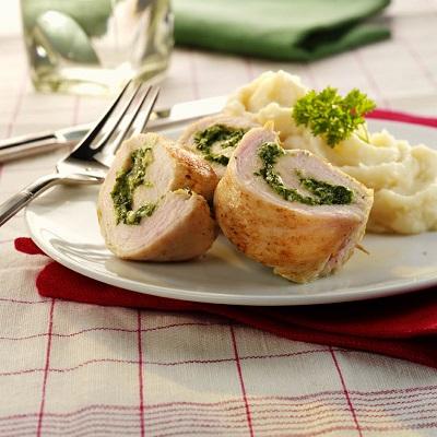 Gevulde kipfilet met Spinazie a la creme en aardappelpuree
