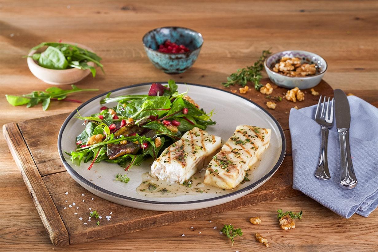 mediterraanse vis tijm oregano rucola salade
