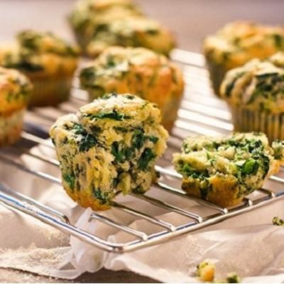 pikante muffins met spinazie