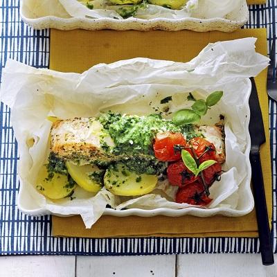 Zalm spinaziepakketjes uit de oven