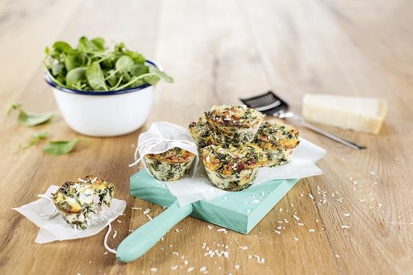 Spinazie muffins met ham en kaas