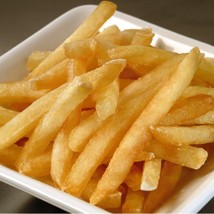 Produkt nærbilde: Pommes strips i porsjonsskål (fra storpakning).