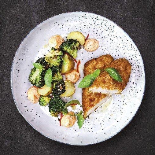 Fish n´Chips med chilirostad broccoli och ajvardipp