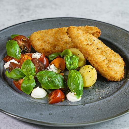 Matrosfisk med tomat och fetaostsallad
