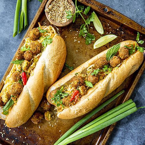 Banh mi med mini falafel
