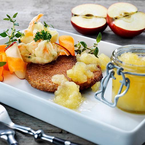 Veggie burgare med selleristomp och äppelchutney