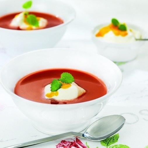 Rabarber och jordgubbssoppa med mangocrème