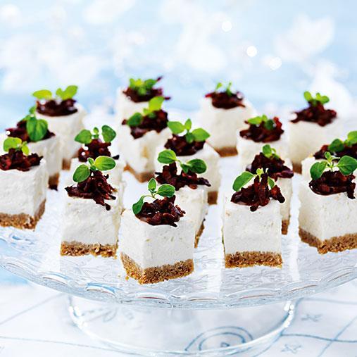 Jordärtskockscheesecake med topping