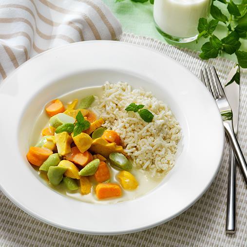 Timbalgryta med kokosmjölk och grön curry